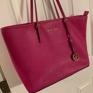 Hot Pink Micheal Kors Tote